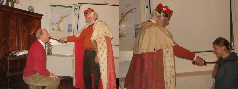 Dirk van Slooten and Wiebke Gerdts kneeling for King Arthur to receive their knighthood